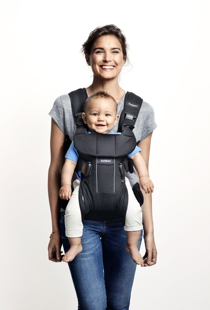 Baby-Carrier-One-Baby-Forward-BabyBjorn