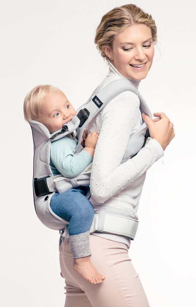 ergonoic-baby-carrier-one-air-with-back-carry-babybjorn