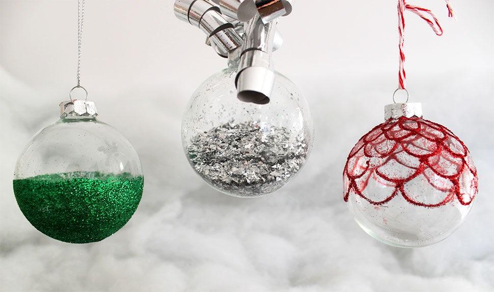 Magazine BABYBJÖRN – Faire des boules de Noël avec les enfants