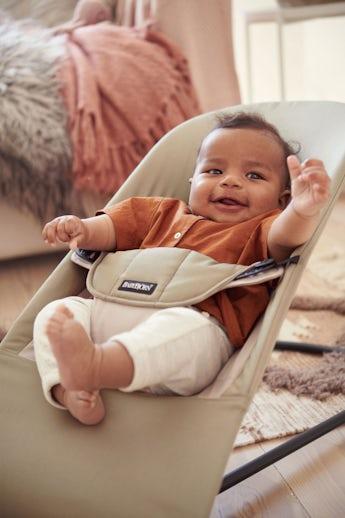 Babywippe Balance Soft Khaki/Beige Baumwolle - BABYBJÖRN