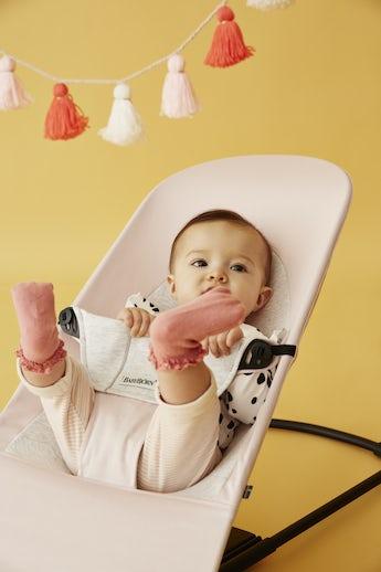 Babysitter Balance Soft Ljusrosa/Grå Cotton/Jersey - BABYBJÖRN