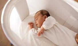 BABYBJÖRN Magazine – Newborn sleep a lot in their first weeks.