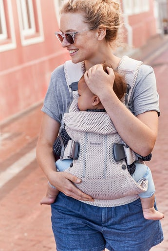 Baby Carrier One Air in Pearly Pink - BABYBJÖRN