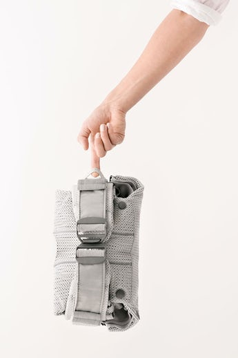Baby Carrier One Air in Silver Mesh - BABYBJÖRN