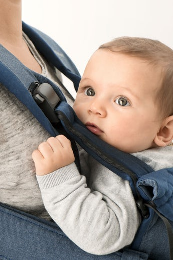 Baby Carrier One in Denim Blue Cotton-mix - BABYBJÖRN