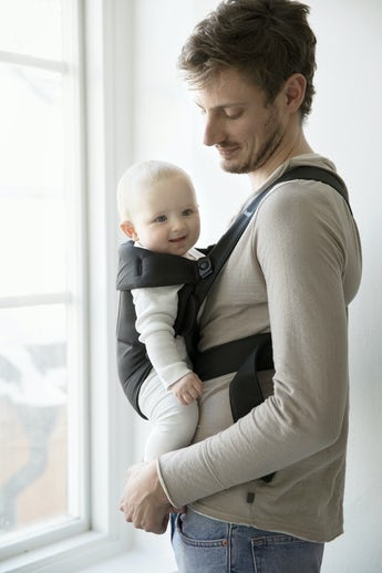 Baby Carrier Mini Black Cotton - BABYBJÖRN