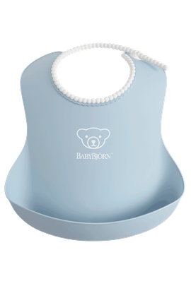 Baby Bib with deep spill pocket, Powder Blue - BABYBJÖRN