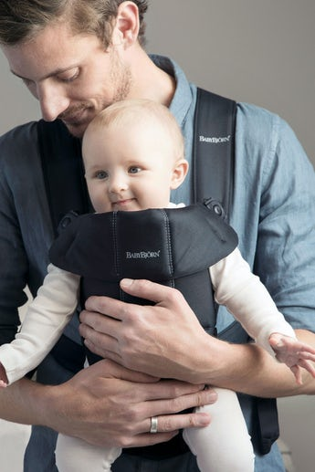 BABYBJORN Baby Carrier Mini, Black, Cotton