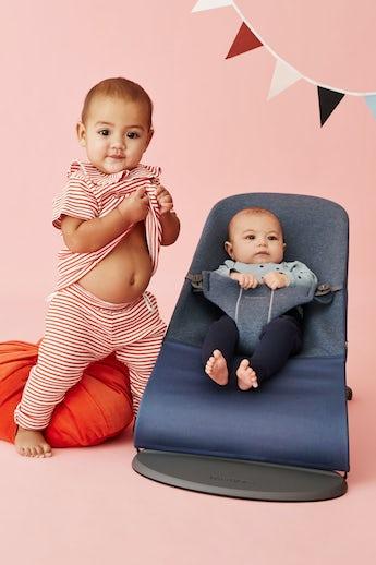 Babywippe mit Zusätzlichem Stoffsitz