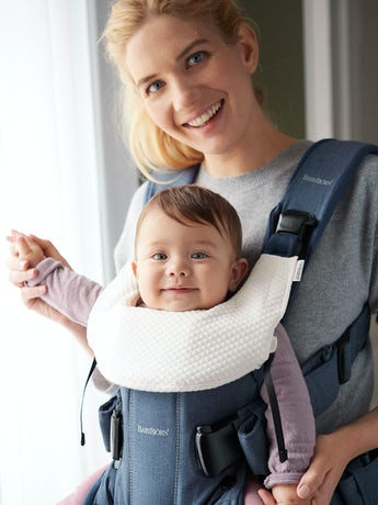 BABYBJORN Teething Bib for Baby Carrier