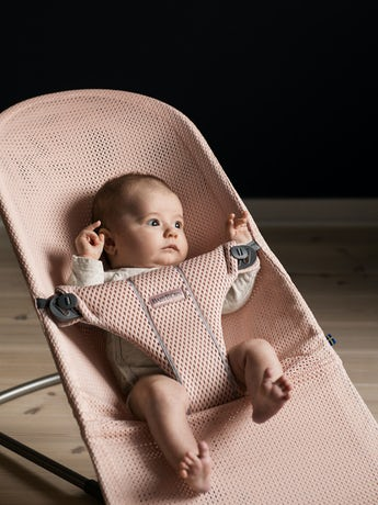 Bouncer Bliss Pearly Pink in airy Mesh - BABYBJÖRN