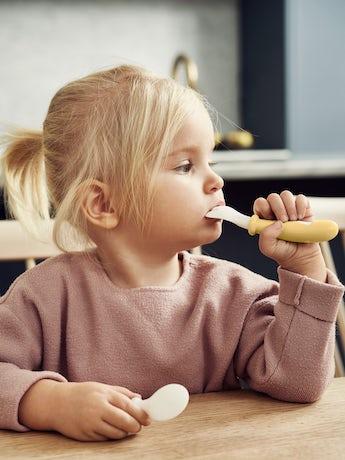 Cuillère et Fourchette pour Bébé, lot de 4, Jaune Pastel - BABYBJÖRN
