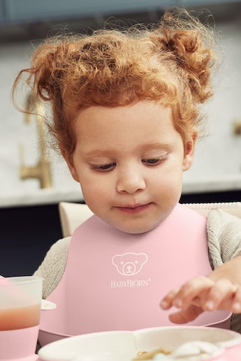 Baby Bib in Powder Pink - BABYBJÖRN