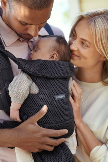 Baby Carrier Move in Anthracite very airy and soft mesh - BABYBJÖRN