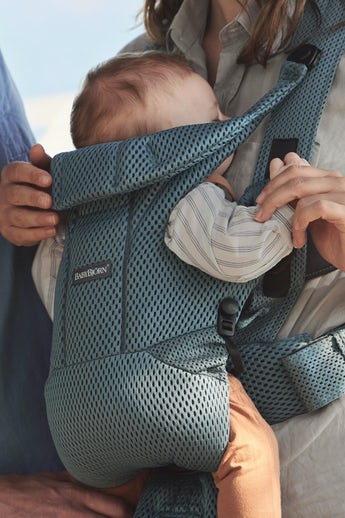 Baby Carrier Move in Sage Green 3D Mesh - BABYBJÖRN