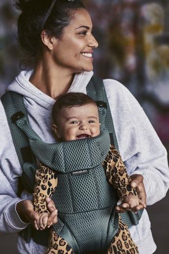 Mochila Porta Bebé Move Verde Grisáceo 3D Mesh - BABYBJÖRN
