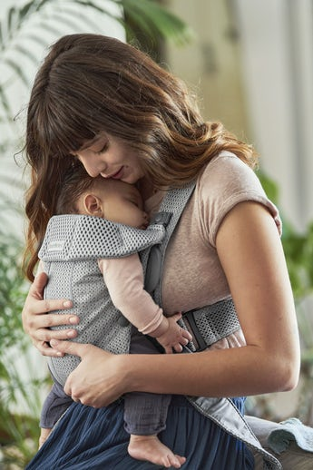 Baby Carrier Mini in Grey soft and airy 3D Mesh - BABYBJÖRN