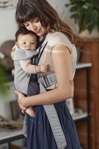 Porte-bébé Mini Gris 3D Mesh - BABYBJÖRN