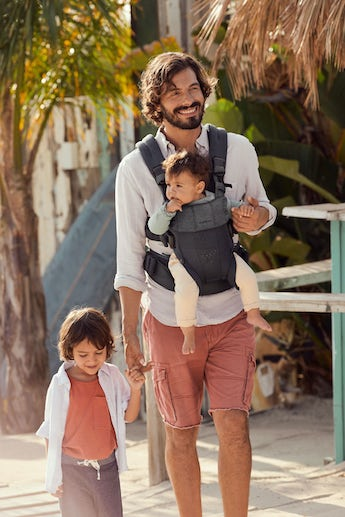 Baby Carrier Harmony in anthracite 3D Mesh with good backsupport and padded shoulder straps
